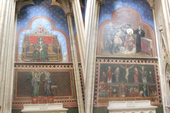 Bayeux - Catedral de Notre Dame - interior - Murais da Capela de cruzamento sul
